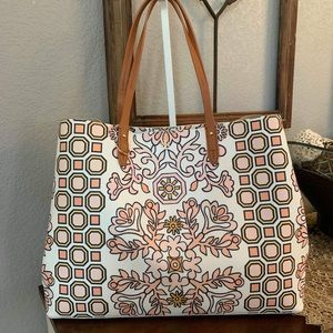Large new Tory Burch shoulder bag 🥰